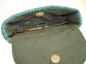 裂き織りのメガネケース販売済