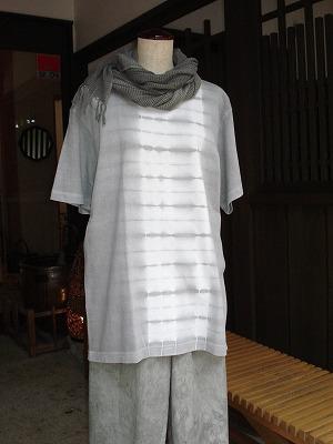 炭染 Tシャツ